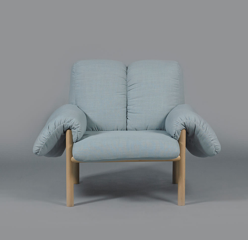 Made to order with loose upholstery, cushions in fabric and timber frame. Bespoke furniture options available.