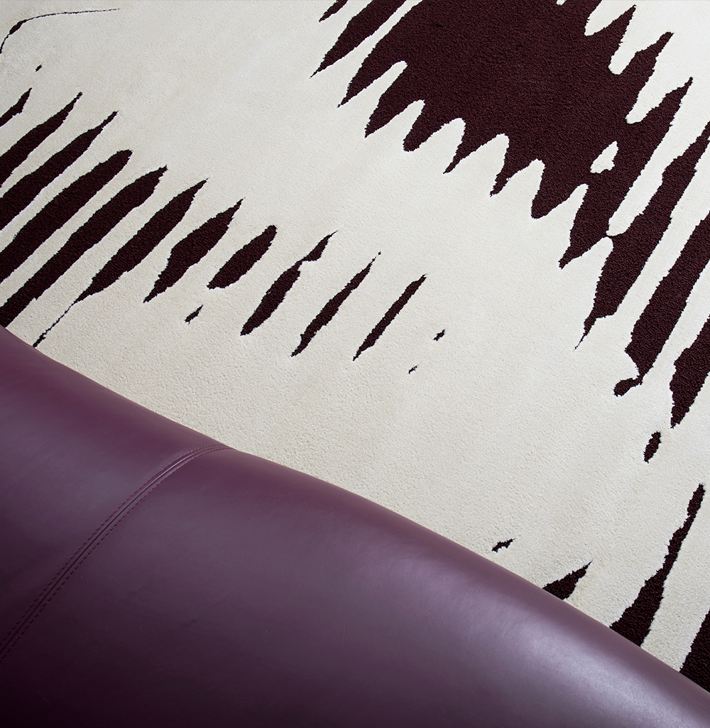 With a bold graphic design and a creation without limits, Rug's Society has developed a very coherent collection where we can show through noble materials, graphics and (...)