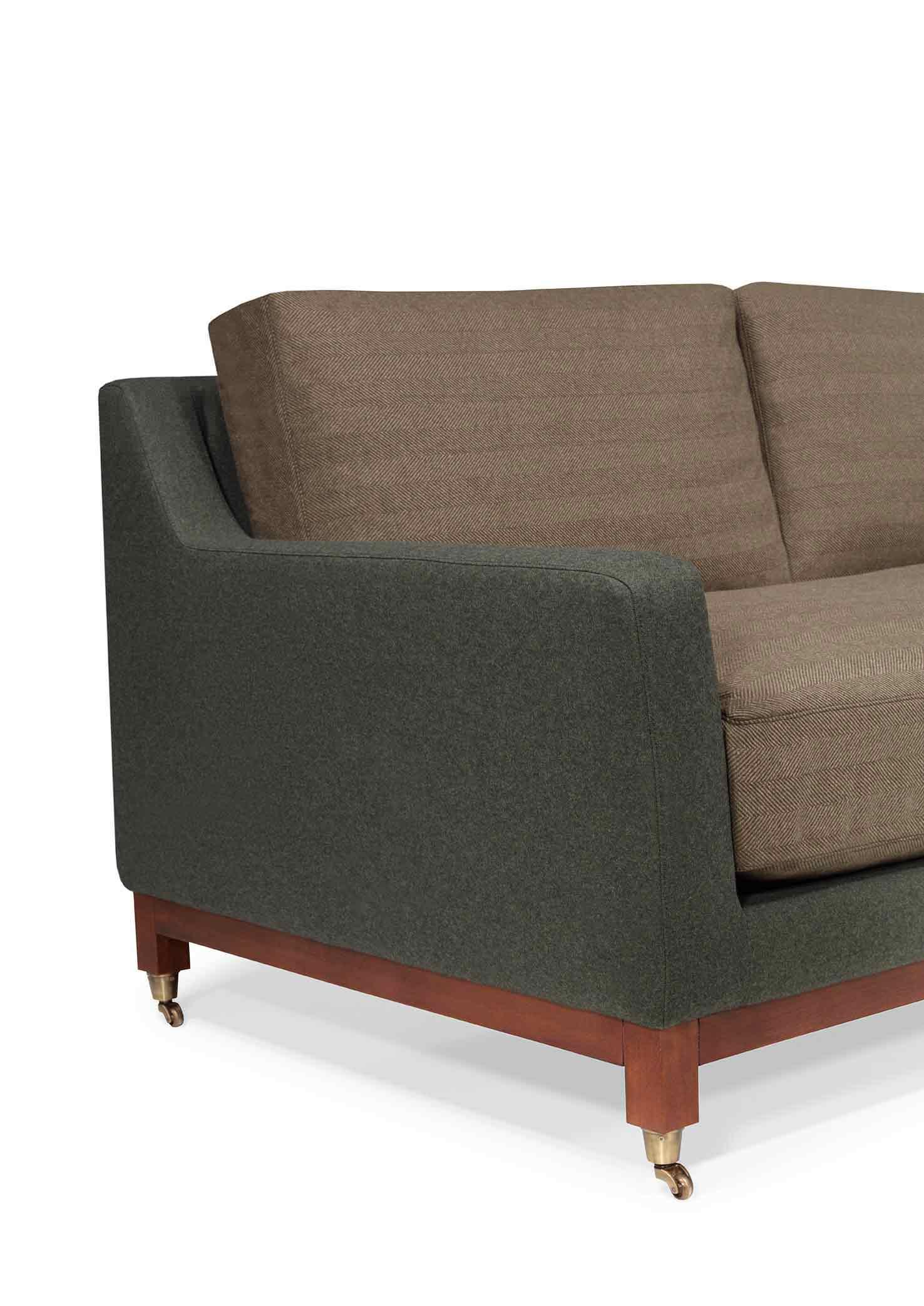 Fabulous Classic Sofa With A Twist Products Kassavello Inzonedesignstudio Interior Chair Design Inzonedesignstudiocom