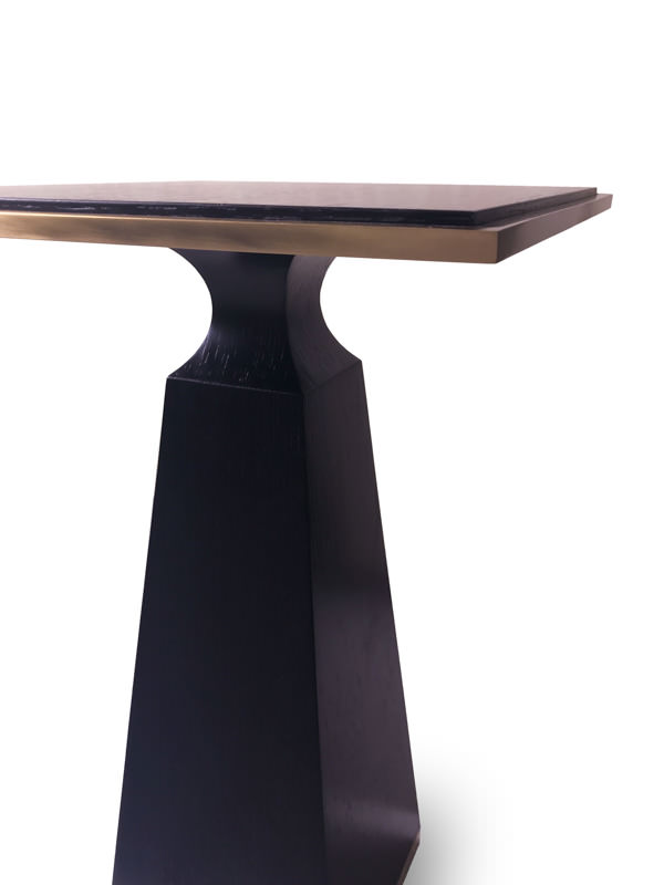 Unique occasional table - Products