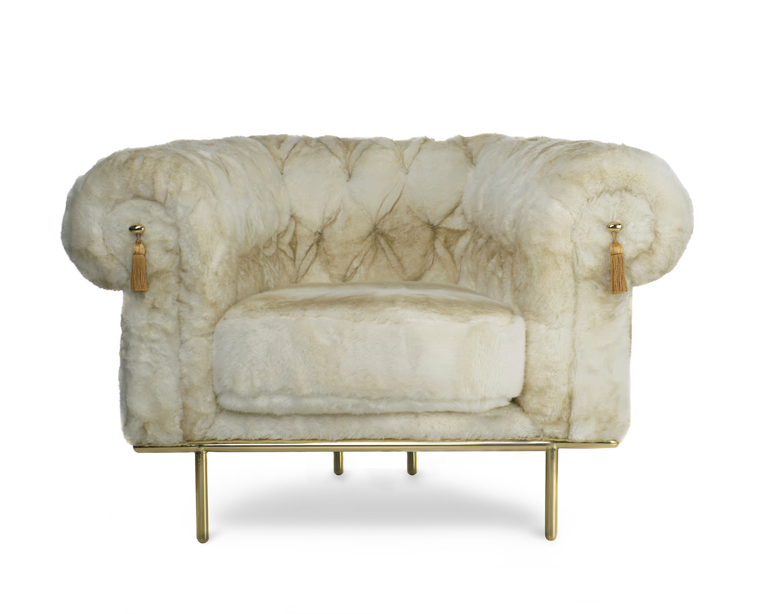 It is said that these sofas, leather settees with a distinctive deep buttoned, quilted leather upholstery and seat low base, were designed in the Uk in the early eighteenth (...)